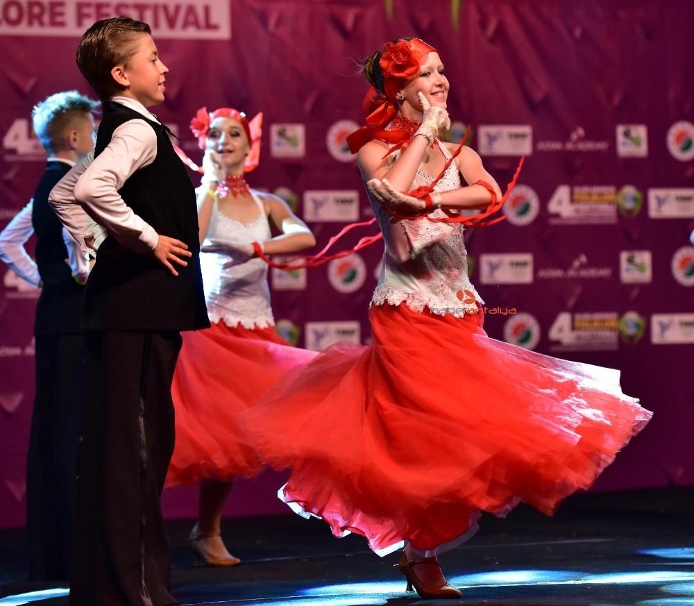 2019/08/kepezin-uluslararasi-folklor-festivali-basliyor-20190826AW78-3.jpg