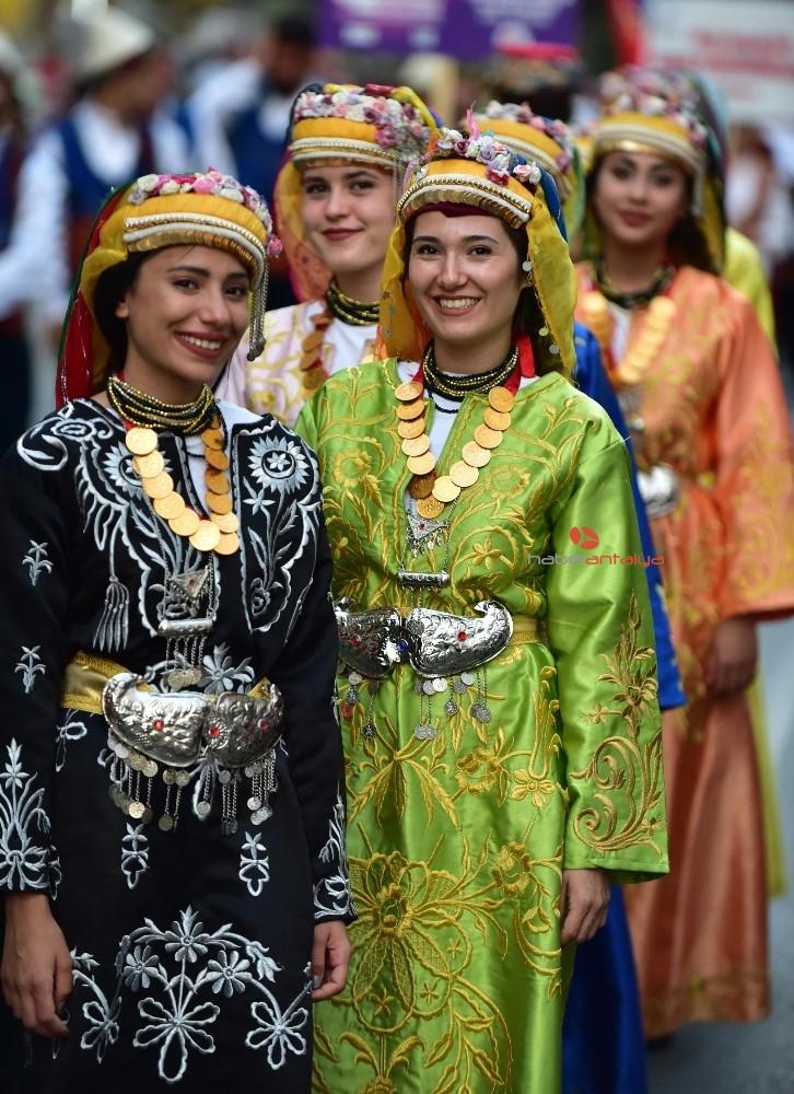 2019/08/kepezin-uluslararasi-folklor-festivali-basliyor-20190826AW78-4.jpg