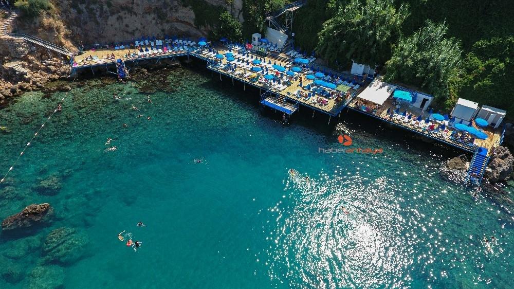 2019/08/muratpasa-belediyesi-plaj-ve-kafeleri-bayram-suresince-hizmet-verecek-20190810AW77-4.jpg
