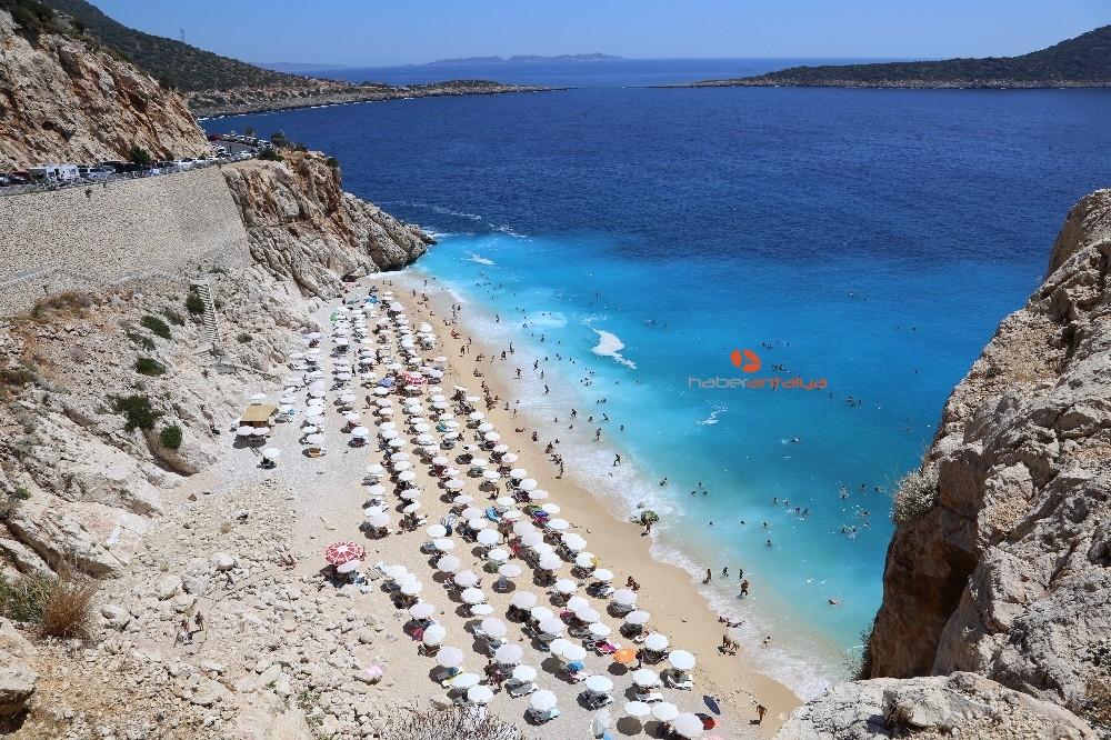 2019/08/turkuaz-mavisi-plaj-4-gunde-25-bin-ziyaretci-agirladi-20190814AW77-1.jpg