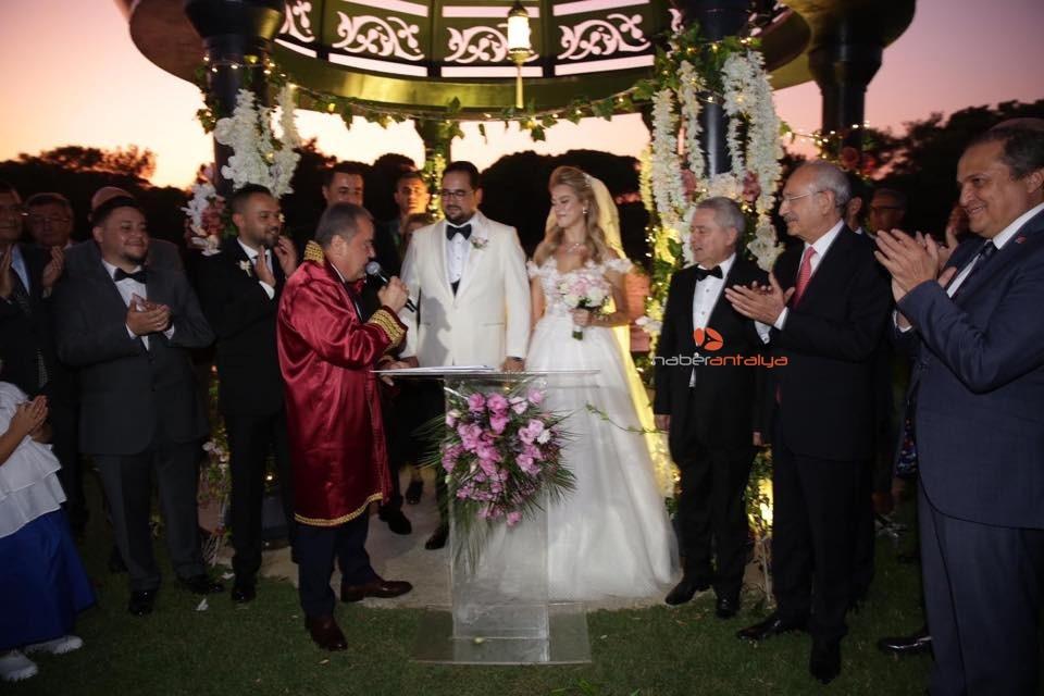 2019/09/kilicdaroglu-nikah-sahidi-oldu-20190928AW81-1.jpg