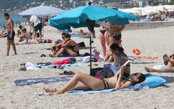 2019/09/tatilciler-sahilleri-doldurdu-6885334149a5-1.jpg