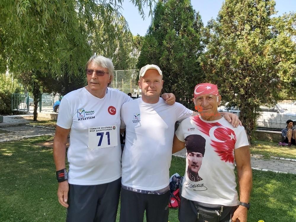 2019/09/yabanci-sporcular-managatin-gururu-oldu-20190910AW79-1.jpg