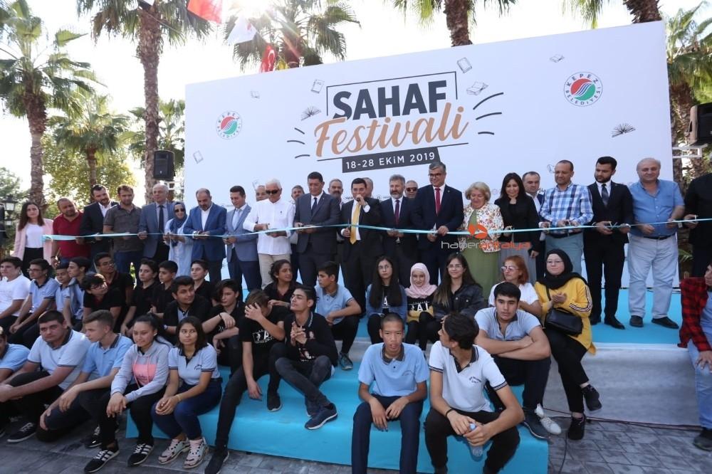 2019/10/kepezin-sahaf-festivali-acildi-20191018AW83-3.jpg