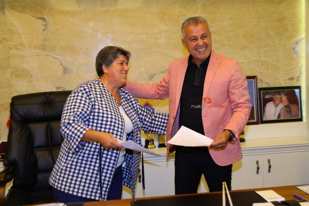 2019/10/manavgat-belediyesi-kadina-yonelik-siddete-karsi-protokol-imzaladi-20191017AW83-1.jpg