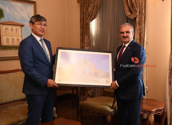2019/10/turkiye-kazakistana-yatirimda-ilk-10a-girdi-420141faa9fe-1.jpg