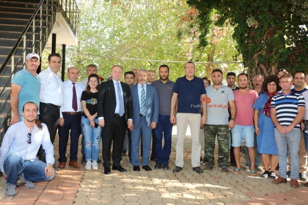 2019/11/akdeniz-universitesi-ziraat-fakultesinde-tropik-meyve-hasadi-20191113AW85-2.jpg