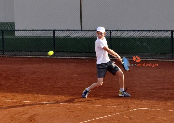 2019/11/avrupa-junior-tenis-turnuvasi-basladi-106920b89043-1.jpg