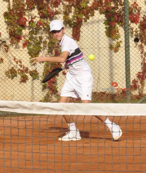 2019/11/avrupa-junior-tenis-turnuvasi-basladi-106920b89043-2.jpg