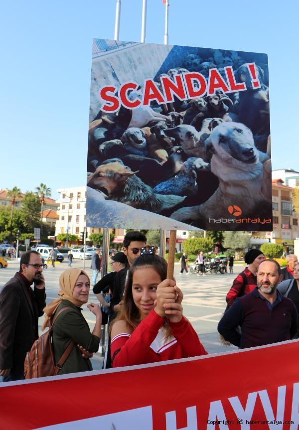 2019/12/alanyada-hayvanseverden-protesto-7ba9eb7deaa5-5.jpg