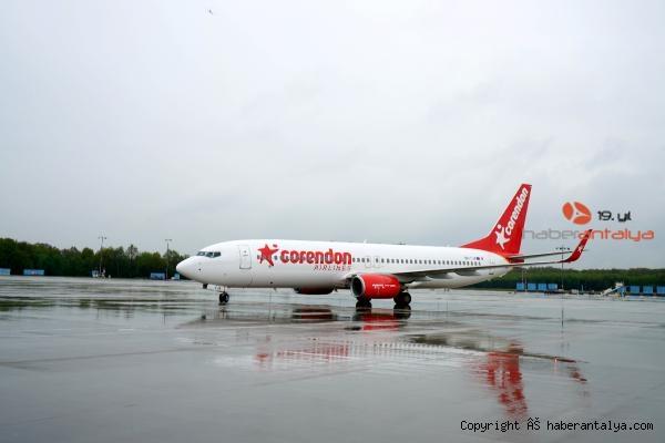 2020/07/corendon-airlines-europe-ucuslara-basladi-b1b8ff616db0-4.jpg