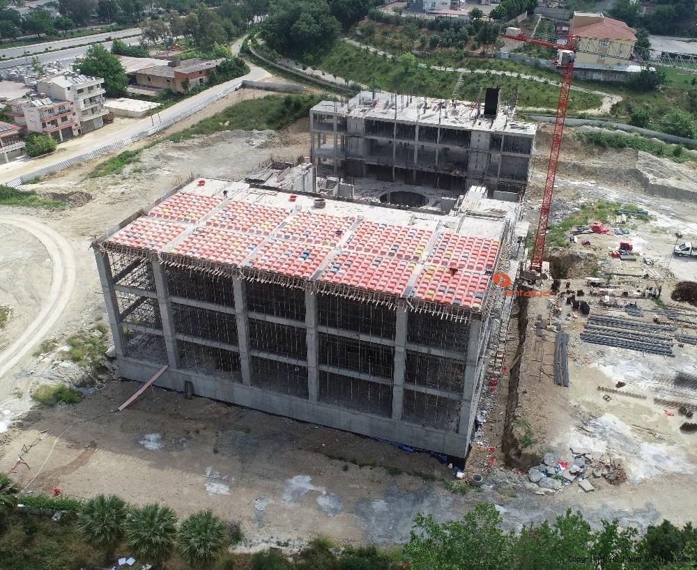 2020/07/serik-kultur-merkezi-insaati-devam-ediyor-20200708AW06-1.jpg