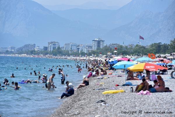 2020/07/sicaklar-tavan-yapti-sahiller-doldu-tasti-68b02f785ea7-4.jpg