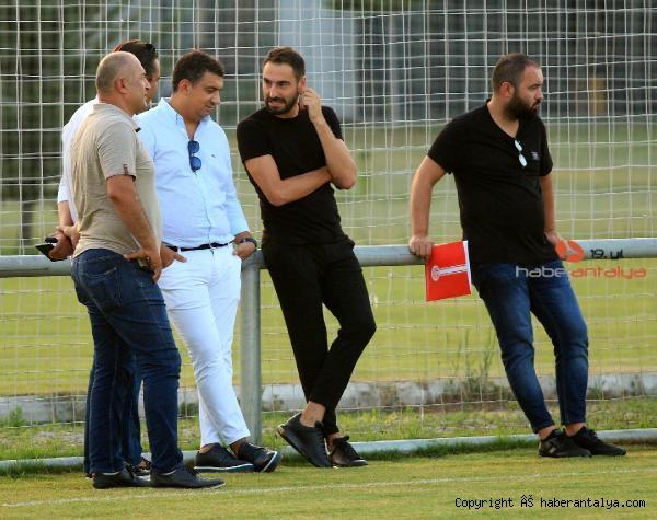 2020/08/antalyaspor-yeni-sezona-start-verdi-572932b2ee34-2.jpg