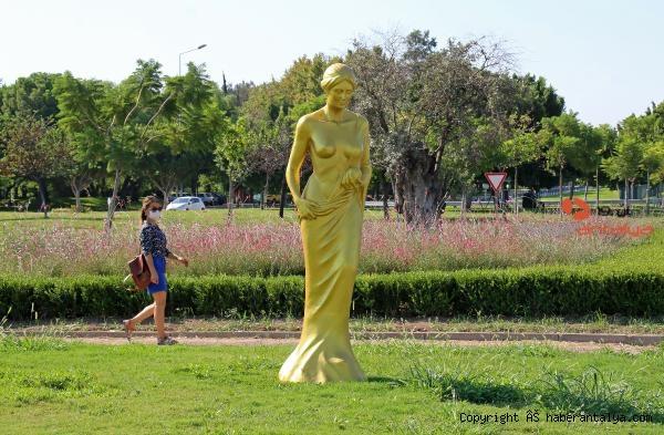 2020/09/57nci-yila-ozel-57-venus-heykeli-antalyayi-susluyor-4862cc510fdc-2.jpg