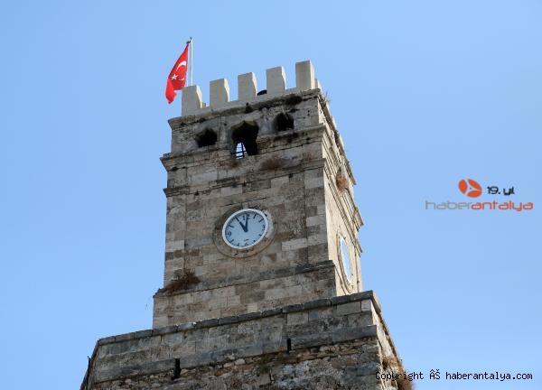 2020/09/antalyanin-simgesi-saat-kulesine-kubbe-geliyor-4fbcf02f2ad2-1.jpg