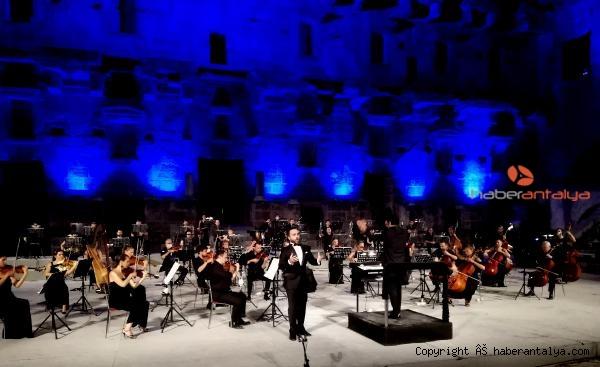 2020/09/aspendos-festivali-genc-opera-yildizlari-konseriyle-sona-erdi-04d7b771d94e-2.jpg