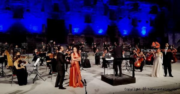 2020/09/aspendos-festivali-genc-opera-yildizlari-konseriyle-sona-erdi-04d7b771d94e-4.jpg
