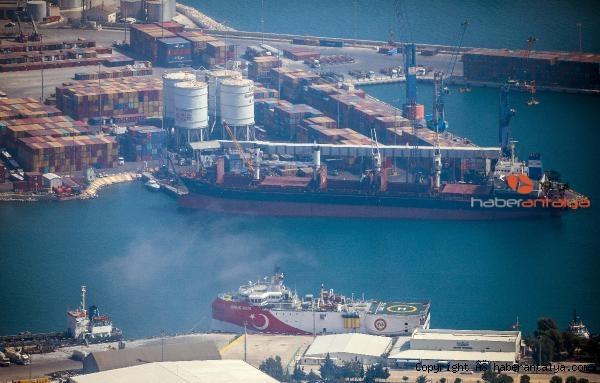 2020/09/oruc-reis-antalya-limaninda-ne-yapiyor--6c749cc1d1c1-1.jpg