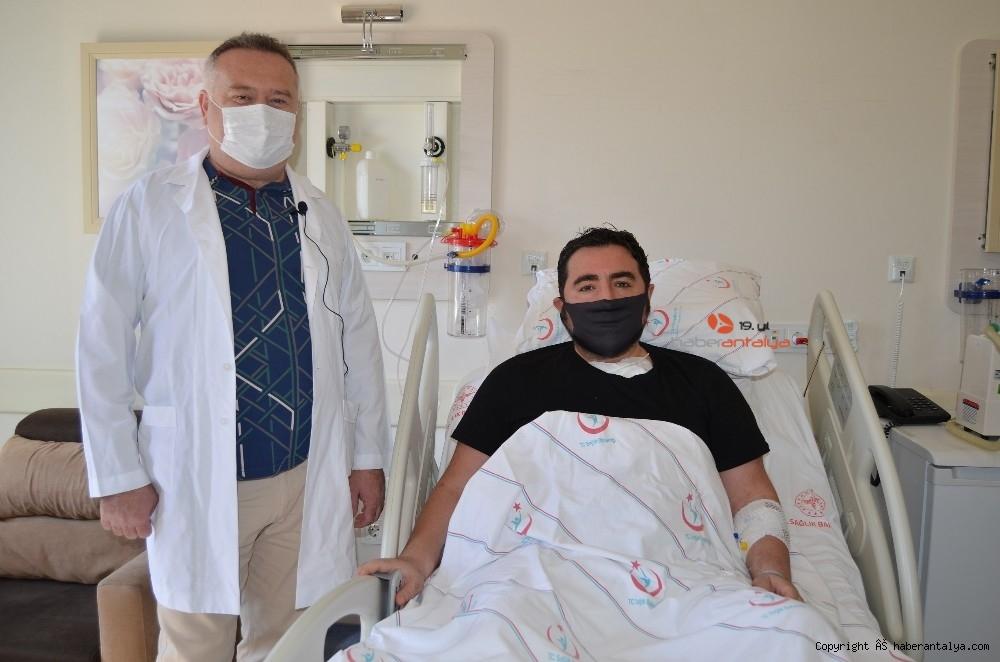 2020/09/pandemi-doneminde-guzel-haber-nefes-darligi-yasayan-hasta-sifa-buldu-20200917AW11-1.jpg