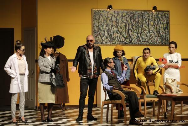 2020/09/takintilar-tiyatro-severle-bulustu-7304598c88fe-2.jpg