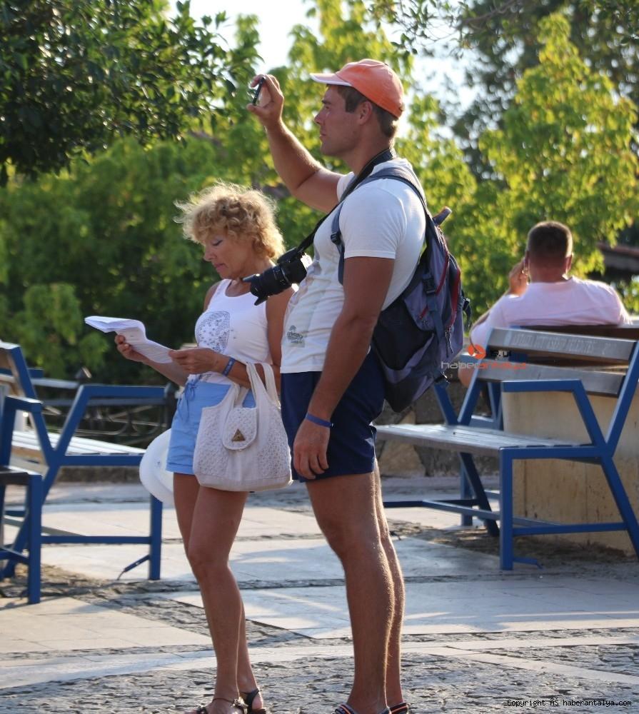2020/09/turistlerin-koronadan-haberi-yok--20200924AW12-12.jpg