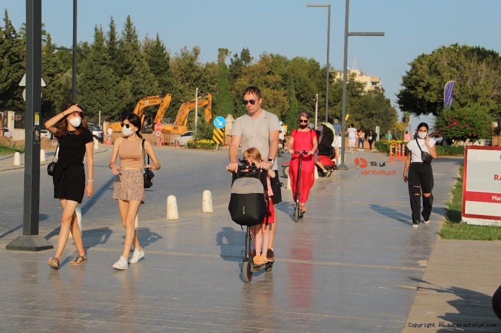 2020/09/turistlerin-koronadan-haberi-yok--20200924AW12-8.jpg