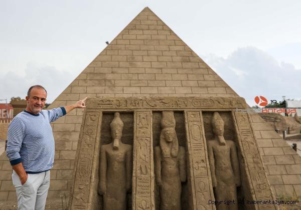2020/10/5-yildir-ayakta-olan-keops-piramidi-guinnesse-aday-7e54b32f2a2c-2.jpg
