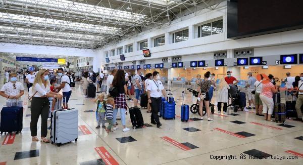 2020/10/almanyanin-seyahat-karari-turizmcileri-uzdu-073553daeaa3-1.jpg