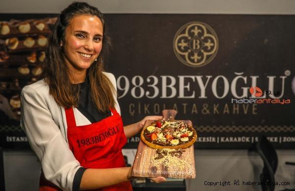 2020/10/cikolata-pizza-uretti-65d5da60ca13-2.jpg