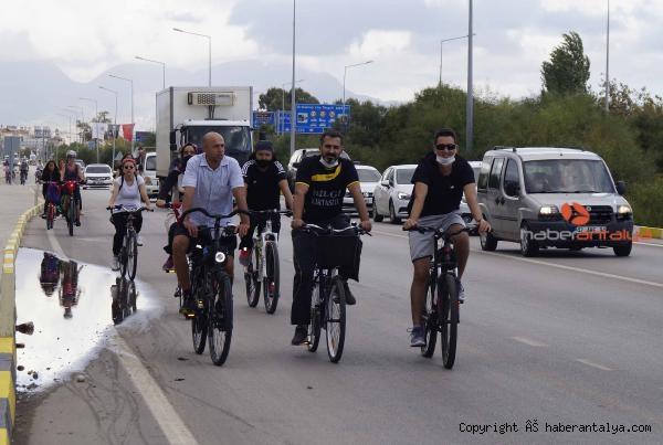 2020/10/finikede-bisiklet-turu-etkinligi-4e57b4826112-3.jpg