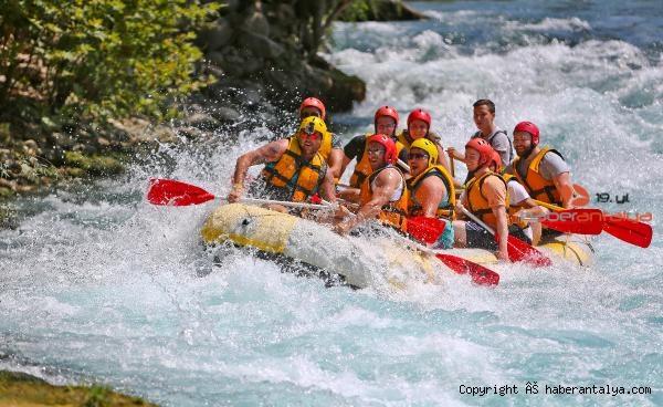 2020/10/rafting-sezonu-uzadi-2ccb4a79eea2-3.jpg