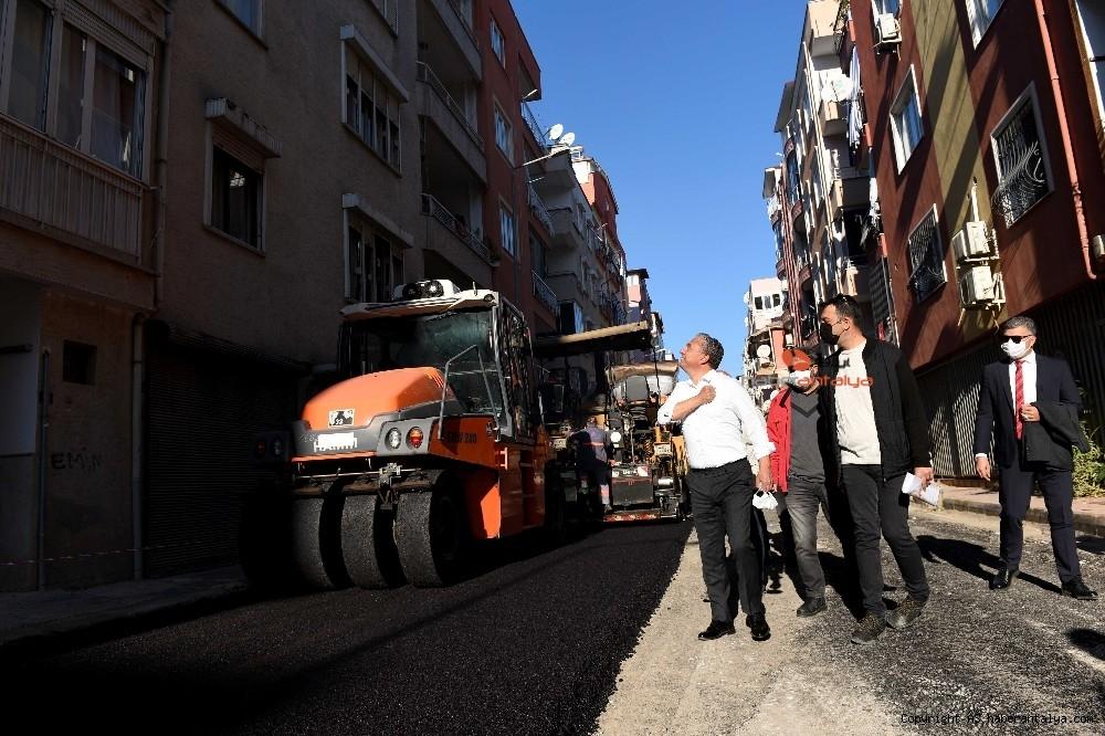 2020/11/muratpasa-mahallesinin-yollari-yenileniyor-20201124AW17-3.jpg