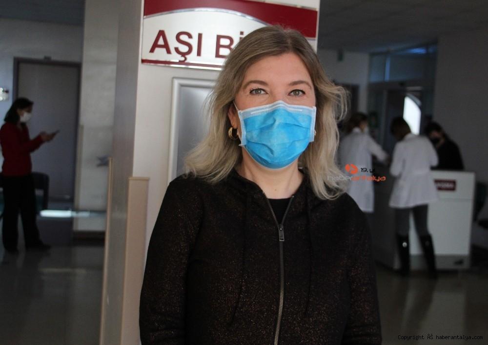 2021/01/profdrturhan-korona-virus-asisi-grip-asisi-gibi-her-yil-yapilabilir-20210120AW22-1.jpg