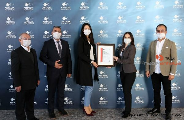 2021/02/antalya-akvaryuma-guvenli-turizm-sertifikasi-91226b5a67ef-2.jpg