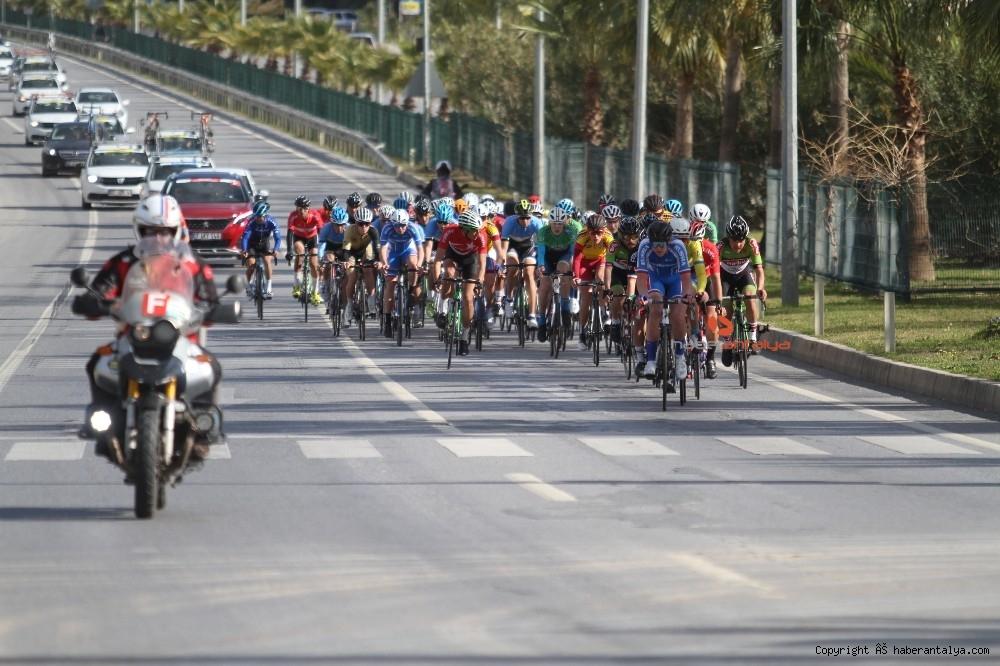 2021/02/grand-prix-velo-alanya-bisiklet-yarisi-20210222AW24-2.jpg