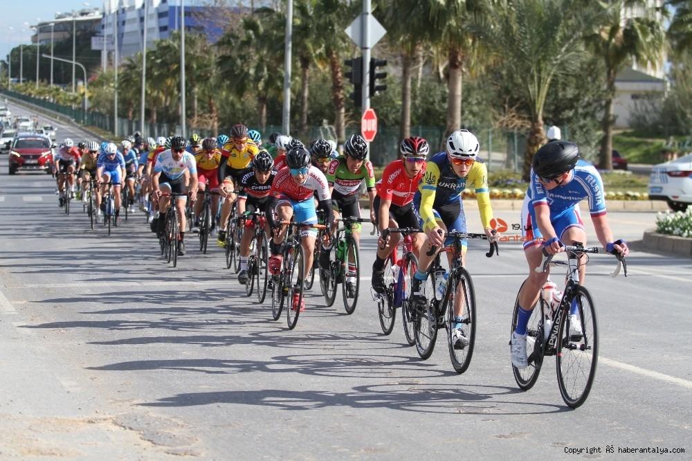 2021/02/grand-prix-velo-alanya-bisiklet-yarisi-20210222AW24-3.jpg