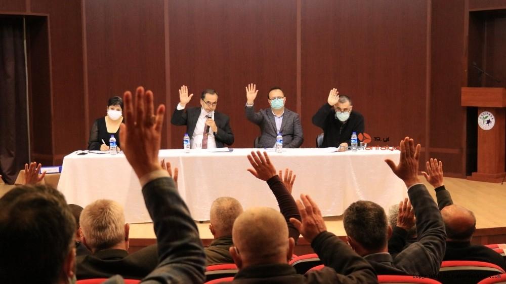 2021/03/chpli-belediye-kavsaktaki-osmanli-tugrasini-kaldirdi-20210302AW25-4.jpg