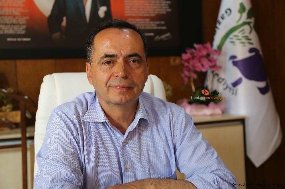 2021/03/chpli-belediye-kavsaktaki-osmanli-tugrasini-kaldirdi-20210302AW25-6.jpg