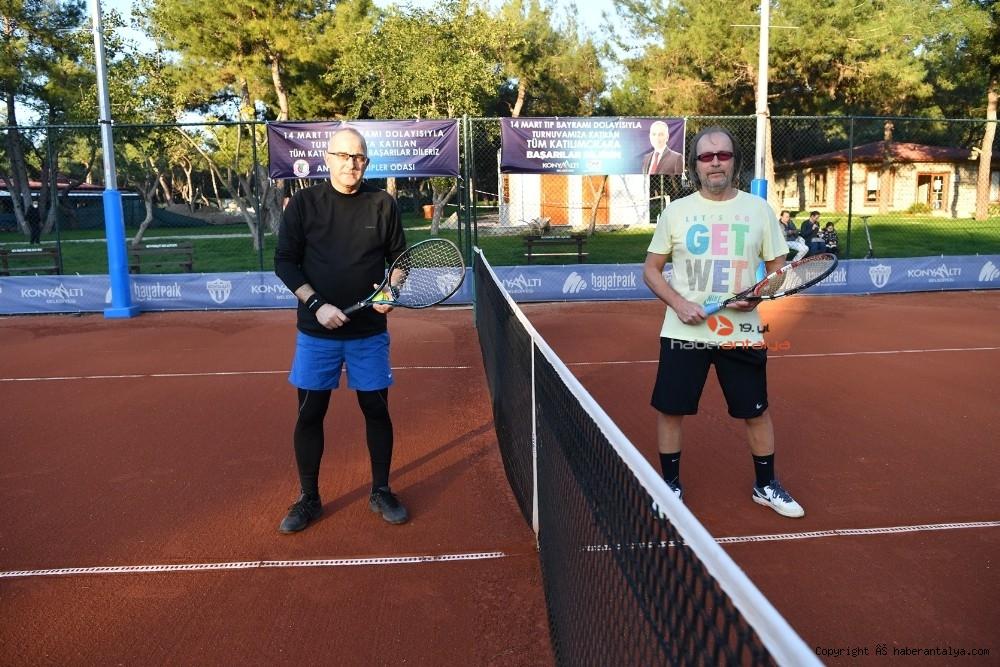 2021/03/doktorlar-tenis-turnuvasinda-bulustu-20210305AW25-1.jpg