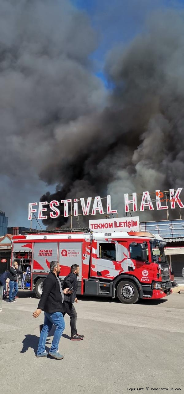 2021/03/flas-antalya-festival-carsisinda-yangin--7a52ee1df8dc-2.jpg