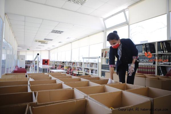 2021/04/bagislanan-kitaplar-turkiyenin-dort-bir-yanina-gonderiliyor-3973c5b667fc-2.jpg