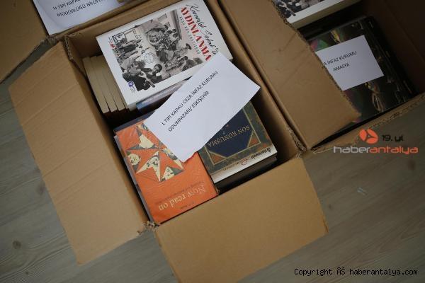 2021/04/bagislanan-kitaplar-turkiyenin-dort-bir-yanina-gonderiliyor-3973c5b667fc-5.jpg