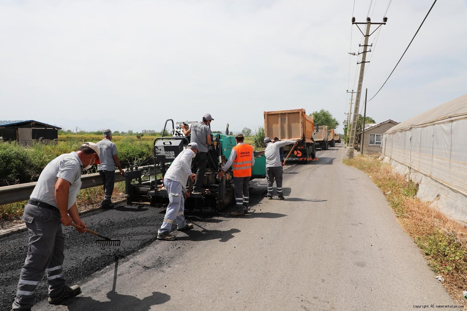 2021/05/kanal-sokak-yolu-yenileniyor-20210504AW31-1.jpg