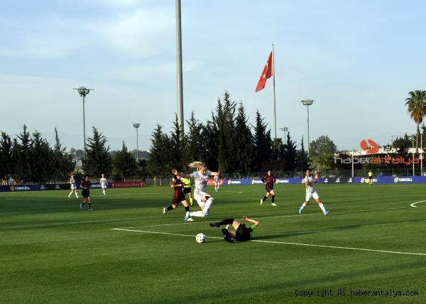 2021/05/turkcell-kadinlar-futbol-liginde-sampiyon-besiktas-4549049686d9-2.jpg