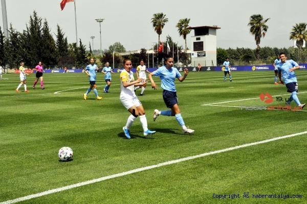 2021/05/turkcell-kadinlar-futbol-liginin-ucuncusu-alg-spor-321de86ff66e-1.jpg