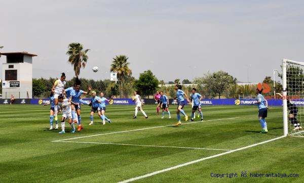 2021/05/turkcell-kadinlar-futbol-liginin-ucuncusu-alg-spor-321de86ff66e-5.jpg