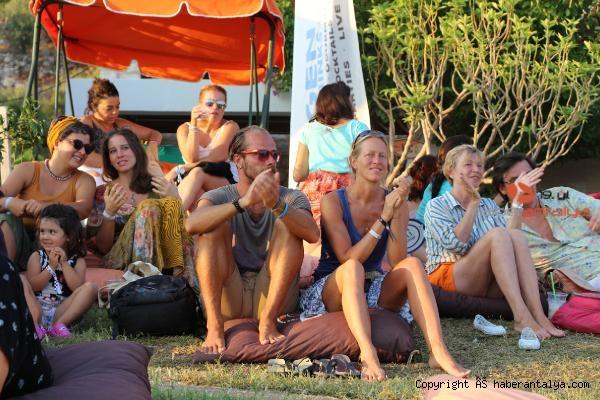 2021/06/kas-caz-festivali-yeniden-start-aliyor-4082327f8ca4-5.jpg