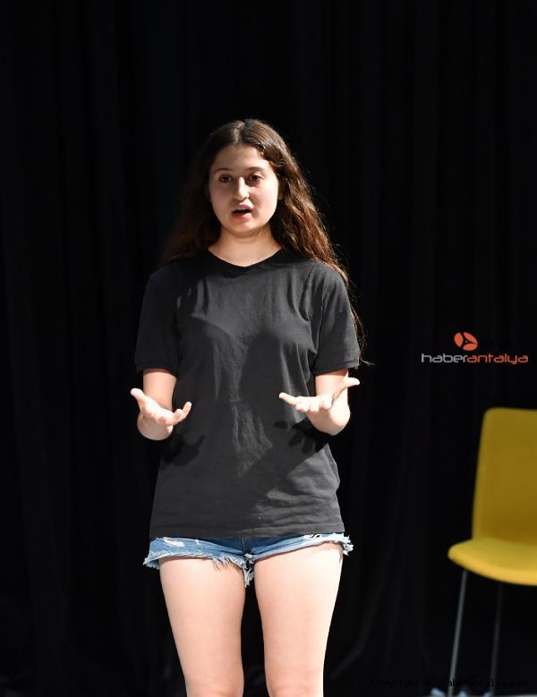 2021/06/konyaaltinda-tiyatro-oyunculugu-egitimleri-suruyor-33e9bbb89e2b-3.jpg
