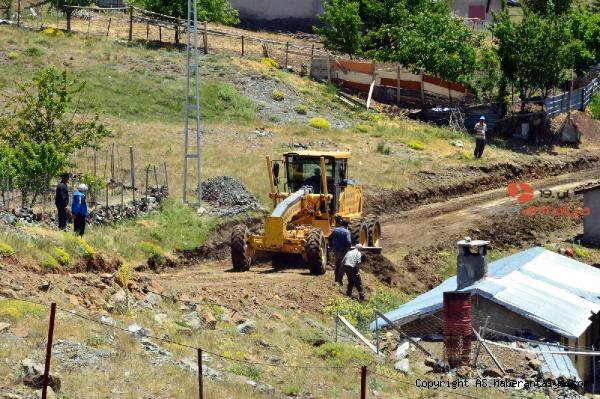 2021/06/manavgat-belediyesinden-hocali-yaylasina-yol-bakimi-1ff201d760b5-1.jpg
